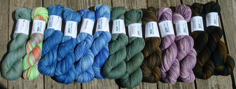 Fluffy yarn… and a different way to dye! – Knitivity